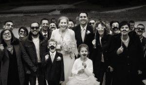 Vendégek fotózása az esküvőn
