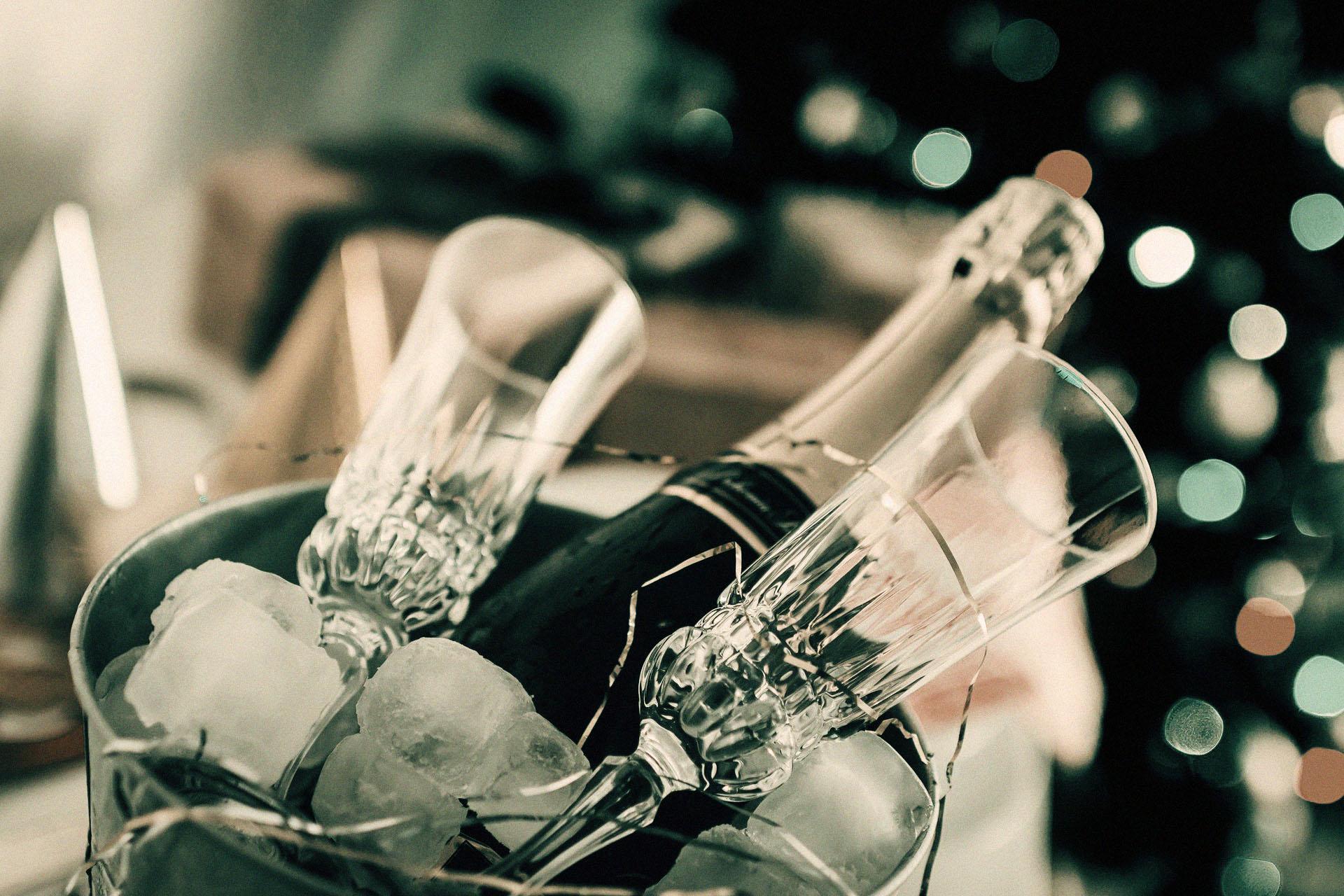 pezsgő etikett esküvő