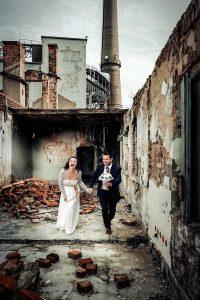 esküvői_fotózás_ipari_környezet_tatabánya