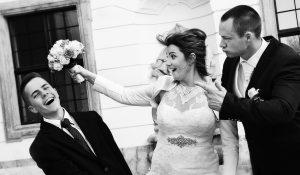 Menyasszony vidám