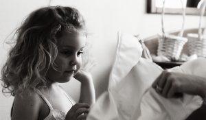 koszorús kislányok készülődnek Danubius Hotel Flamenco