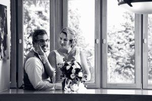 kreatív esküvői fotózás, Tatabánya Jászai Mari Színház